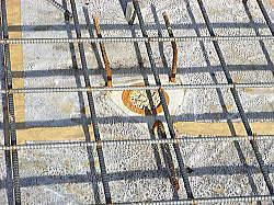 補強杭頭鉄筋とベタ基礎鉄筋とのからみ